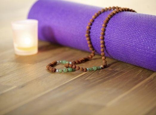 Yoga und Meditation unterstützen die Ayurveda-Kur auf Sri Lanka