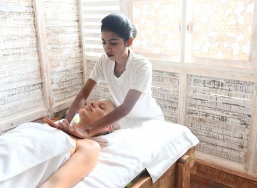 Gesunde Ayurveda Reisen stärken Körper und Geist